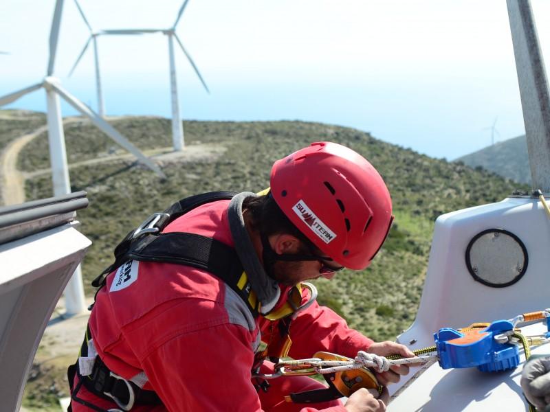 summiteam-wind-turbines (10)